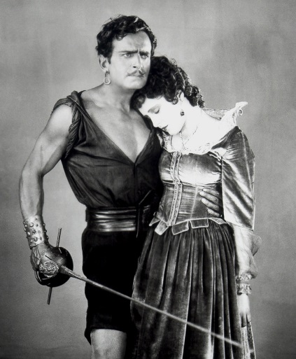Douglas Fairbanks Sr (1926 The Black Pirate)